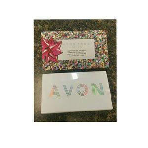 Excellent Condition Avon Pallet